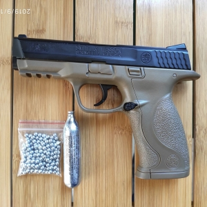 UMAREX Smith & Wesson M&P 40